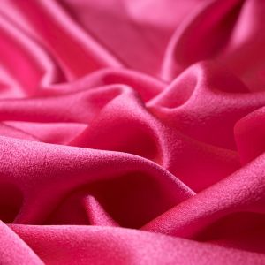 Tecido Crepe Pascaly Rosa Chiclete