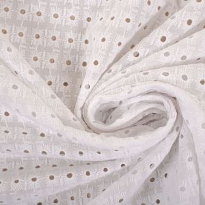 Tecido Laise Quadrados Branca