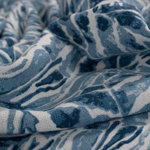 Tecido Linho Misto Estampa Folhagem Aquarelada Azul
