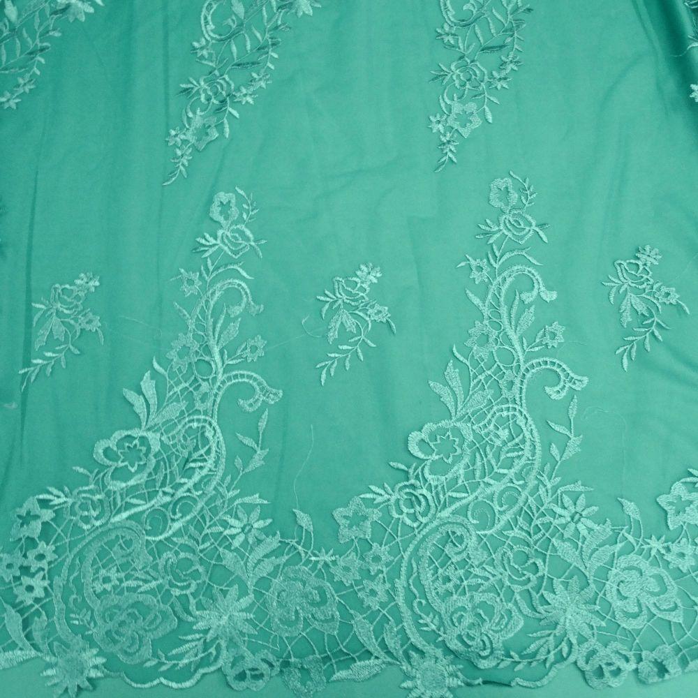 Tecido Renda Bordada Fios Acetinados Verde Esmeralda