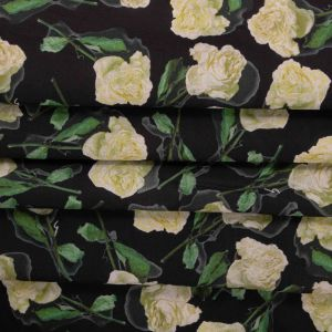 Tecido Tricoline Acetinada Estampa Rosas Preta